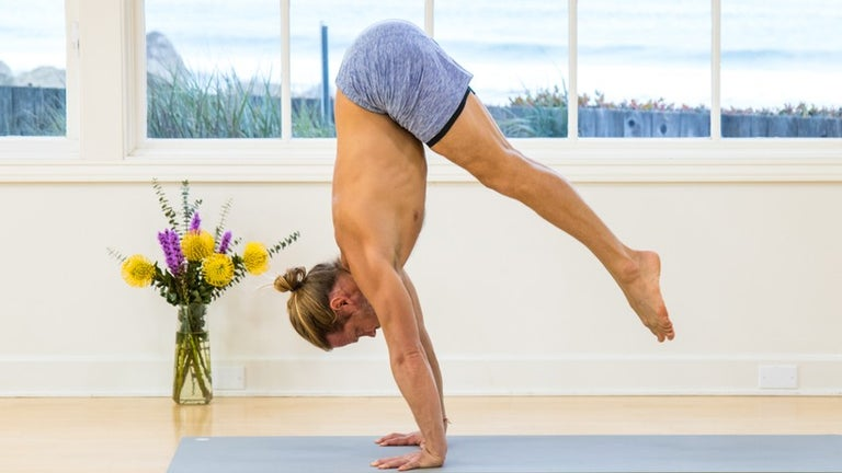 Learn How to Handstand Image
